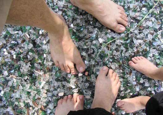 Stuttgart Citizen Newspaper – USAG Stuttgart Community News – Strip off your shoes at barefoot parks