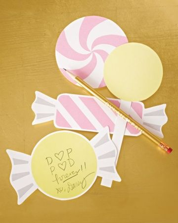 Print these free candy-shaped notecards for your guest book or bridal shower!