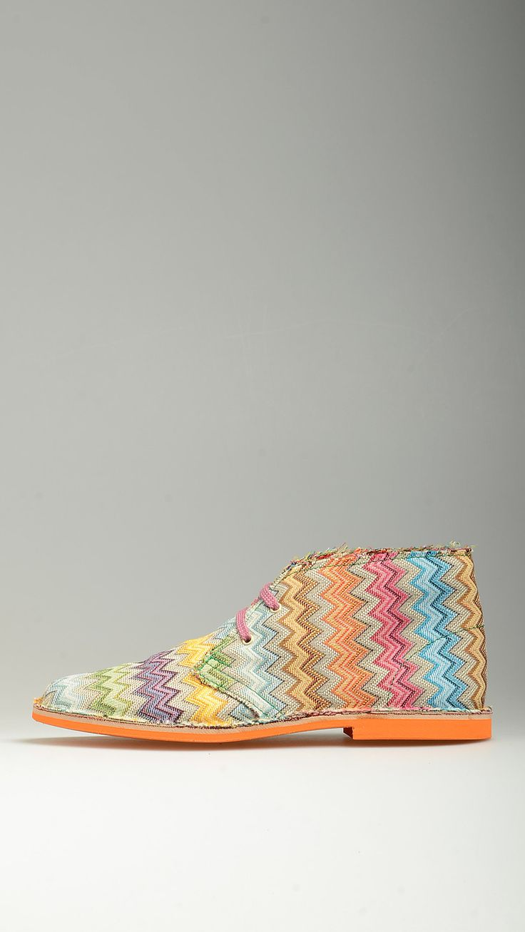 Missoni zigzag pattern lace-ups canvas desert boots featuring contrast pink cotton laces,  leather intersole, desert boots manufacturing process, antioxidant eyelets, raw edge stitching, contrast orange rubber sole, 100�0finest canvas.