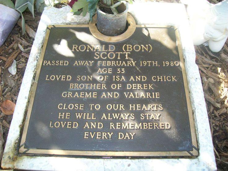 Bon Scott Gravesite