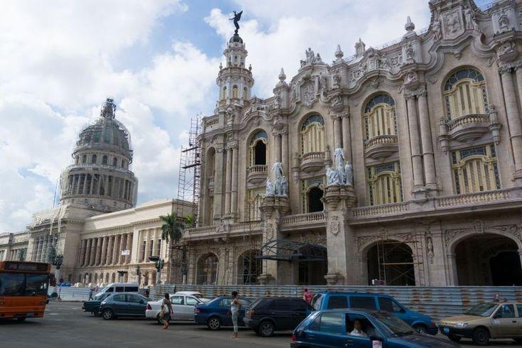 コロニアル時代の面影が残るキューバ・ハバナ旧市街