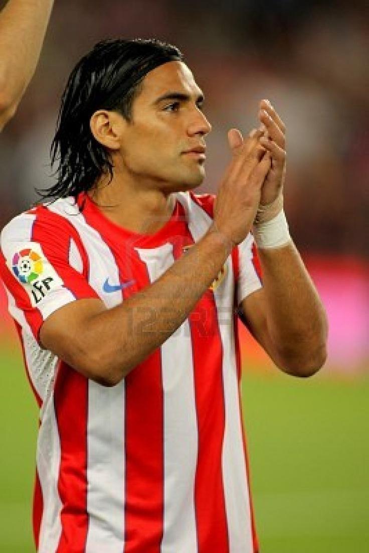 Radamel Falcao Garcia Acaba de meter un gol!!!