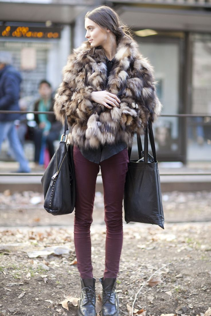 model-uniform-skinnies-combat-boots-luxe-fur-chubby
