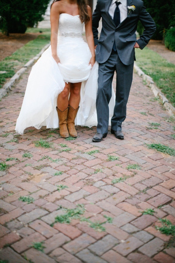 The 25+ best Cowgirl boots photography ideas on Pinterest ...