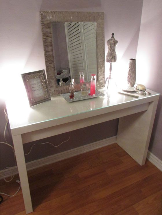 Best 20 Makeup vanity tables ideas on Pinterest Mirrored vanity