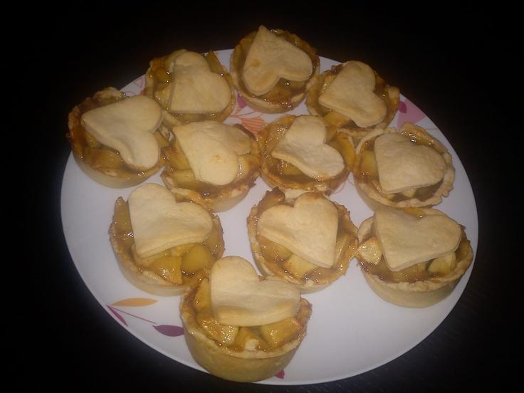 mini heart shaped aple pies...