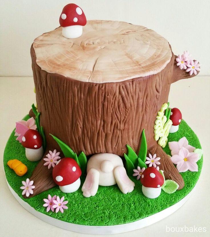 Tree stump bunny rabbit cake