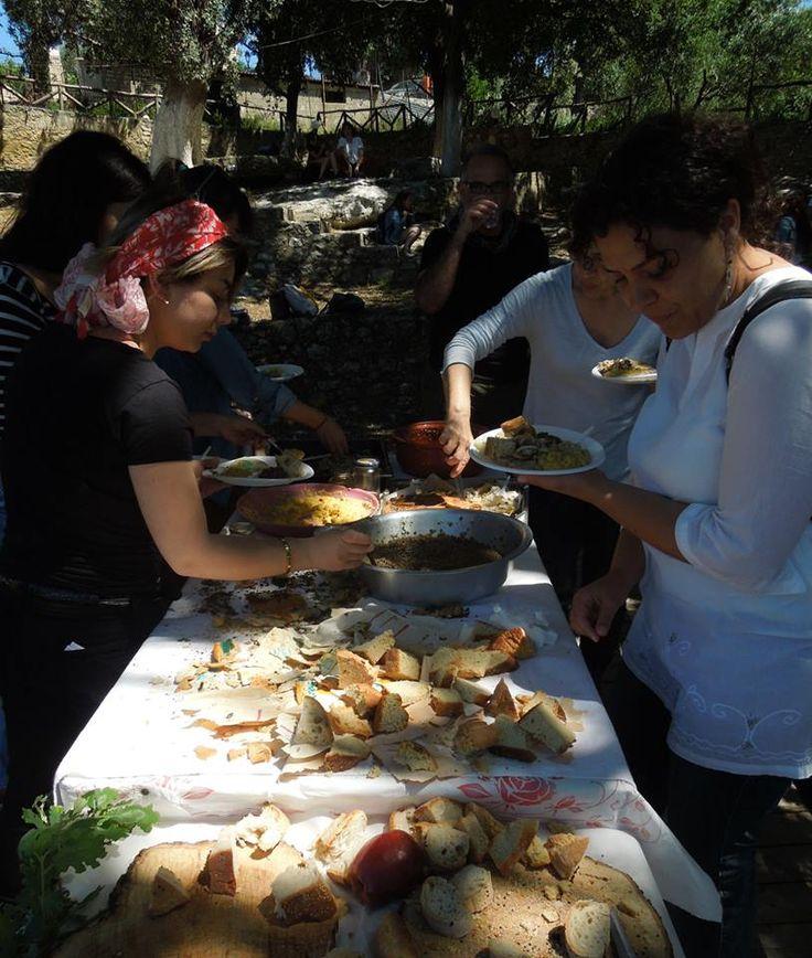 Tasting foods made according ancient Greek information for INNOVARCH workshop at Eleftherna, Crete