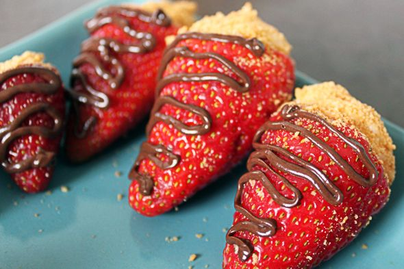 CHEESECAKE STUFFED STRAWBERRIES. Love this one!..... INGREDIENTS: strawberries + cream cheese + 1/2 cup powdered sugar + 1/2 tsp vanilla + 1 sleeve graham crackers.... DIRECTIONS: Hollow out strawberries. Beat the cream cheese then add powdered sugar and vanilla. Stuff strawberries & dip in crushed graham crackers (add chocolate if desired)