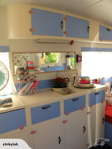 CUTEST EVER SHABBY CHIC VINTAGE CARAVAN | Trade Me