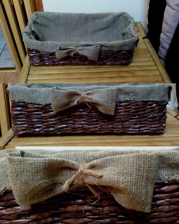 koszyczek z wikliny papierowej, lakierowany, wyściełany płótnem lnianym  #handmade #wiklina #papierowa