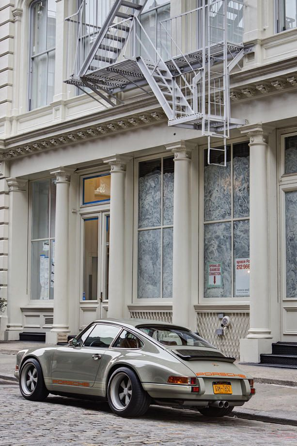 Singer Porsche - Soho Follow us on http://neacksr.tumblr.com/ and http://pinterest.com/neacksr : more than 3.5 K posts of fashion, vintage, design, cars and beautiful pictures