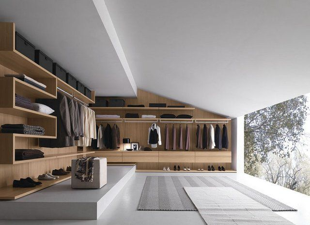 Walnut Walk-in-Closet by Presotto