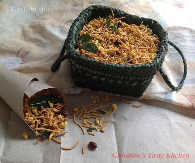 Shabbu's Tasty Kitchen: Kerala Mixture