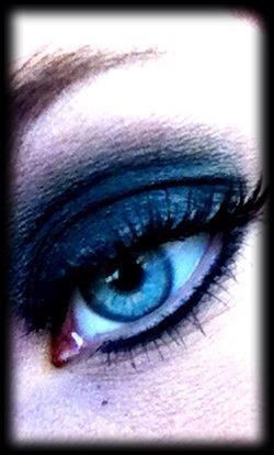 I love doing smokey eyes