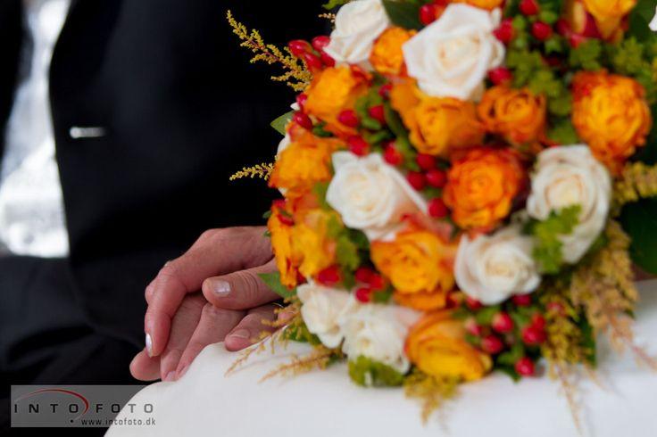 Hånd i hånd    #Bryllupsbuket #Bryllup