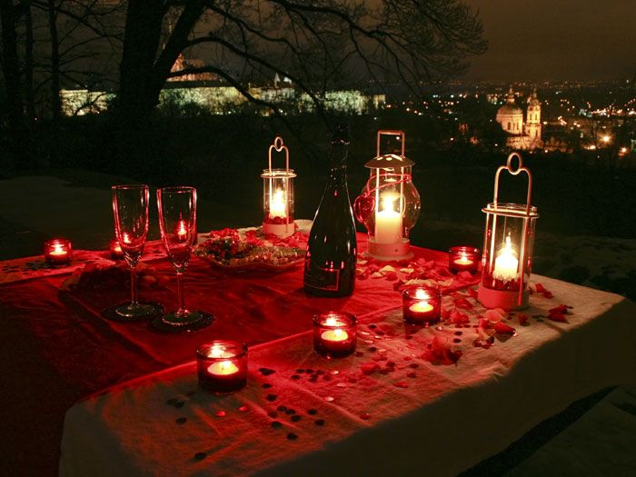 Probably the best way to propose in Prague: a quiet romantic evening under the stars