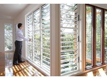 Safe and stylish window louvres available from safetyline for Jalousie window design
