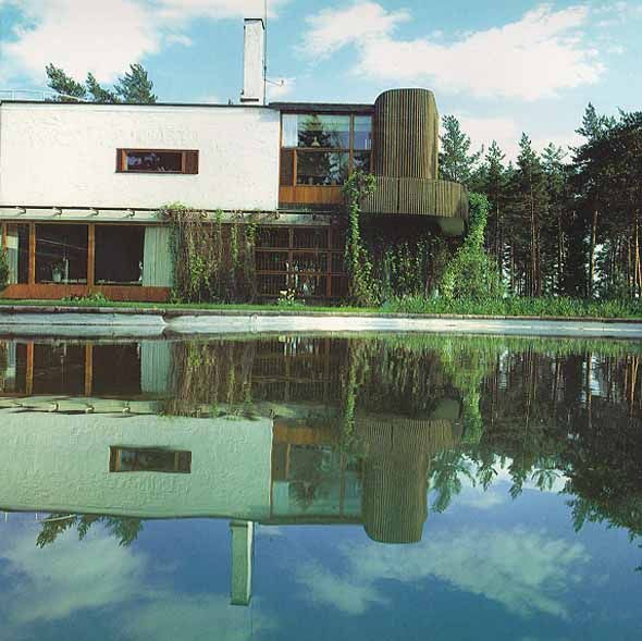 "madamecuriewasmymother:  Villa Mairea by Alvar Aalto in Noormarkku, Finland (1937-1940) ""the exoerimental house"""