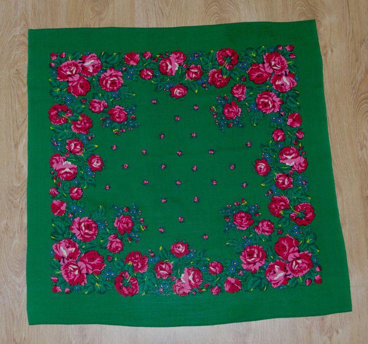 Vintage Green Polish Shawl / Russian Shawl / Ukrainian shawl / Floral square headscarf Roses / Neck scarf neckerchief Babushka kerchief USSR by VintagePolkaShop on Etsy