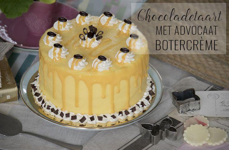 Dit recept voor een heerlijk decadente chocoladetaart met advocaat botercrème mag je niet laten schieten! Je maakt hem nu zelf met ons recept.