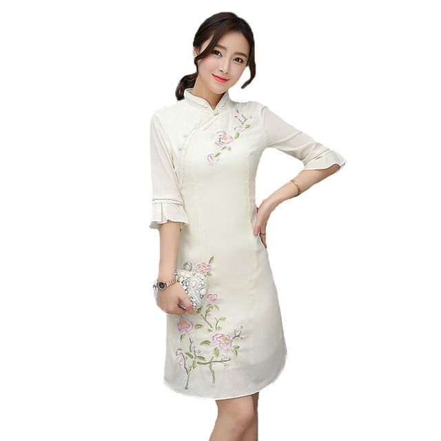 2017 Summer Embroidered Plate Buckle Chinese Style Improved Qipao Dress Slim Fit Was Thin Half Sleeves Simple Beige Cheongsams