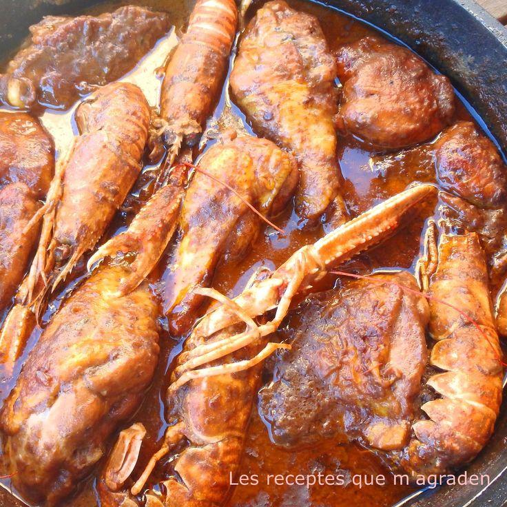 Pollo con cigalas (Pollastre amb escamarlans)      El pollo con cigalas es mi receta preferida de la cocina tradicional catalana. P...