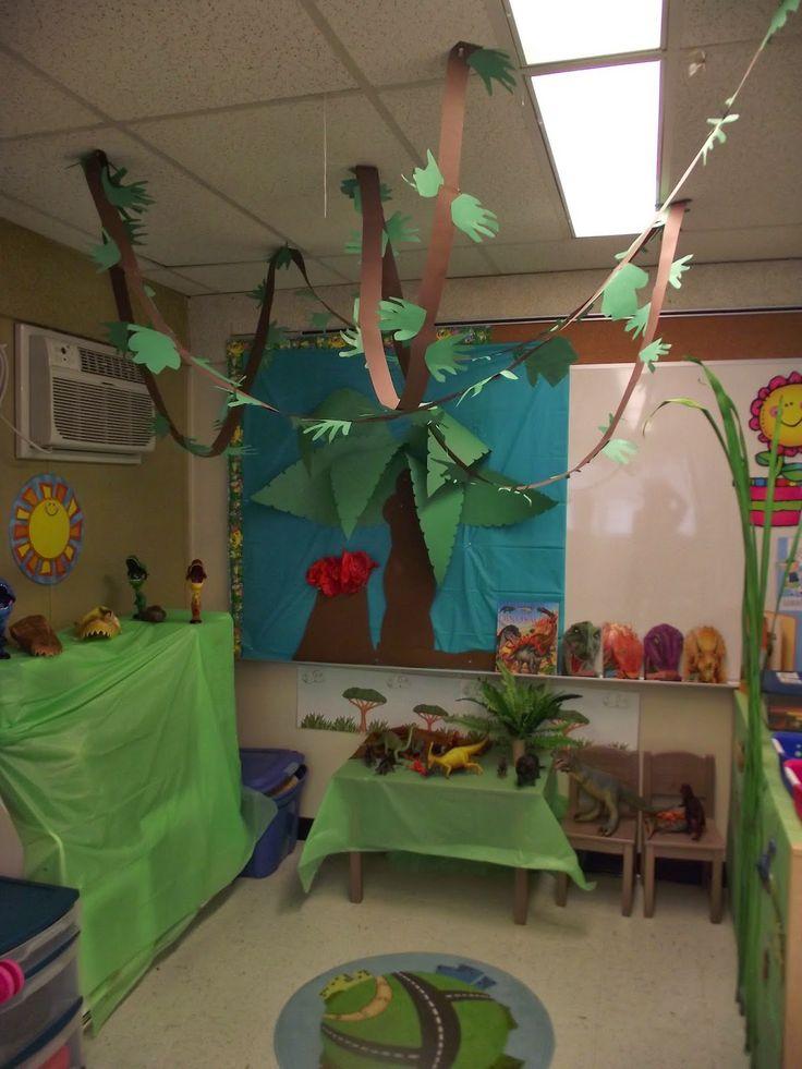 coin dinosaure La maternelle de Francesca Plus