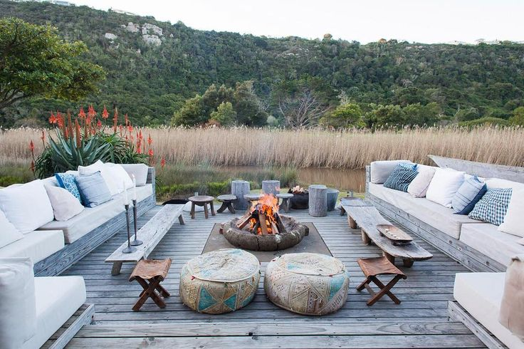 Tucked away along the bends of the Bitou River there is a little magical place that combines bohemian quirkiness with African accents | Emily Moon River Lodge Garden Route. Timbuktu Travel