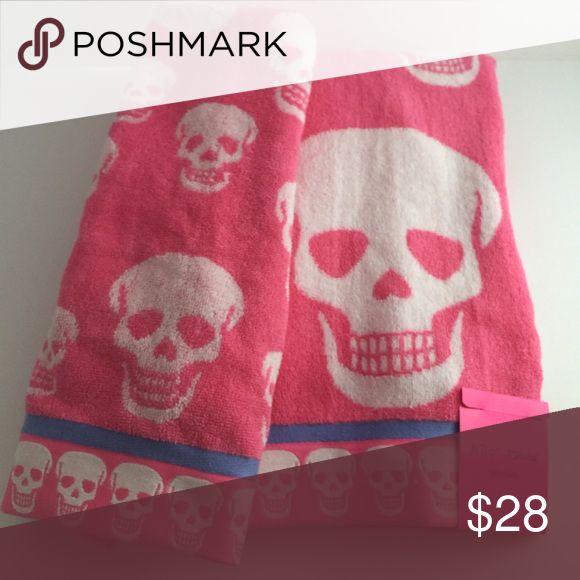 "⚡️flash sale ⚡️Betsey Johnson bath towel set Betsey Johnson skull  bath towel set Comes with 1- bath towel 28""x54"" and 1- hand towel 16""x28"". Pretty in pink . Betsey Johnson Accessories"