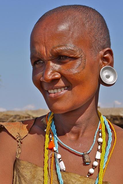 Africa | A Datoga woman from Tanzania | ©Rita Willaert