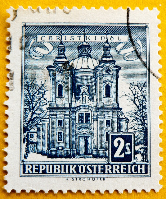 Austria stamp christmas xmas stamp 2.00 S Österreich Briefmarke. My dad collected Austrian stamps for over 40 years--seeing this stamp brought back very nice memories.