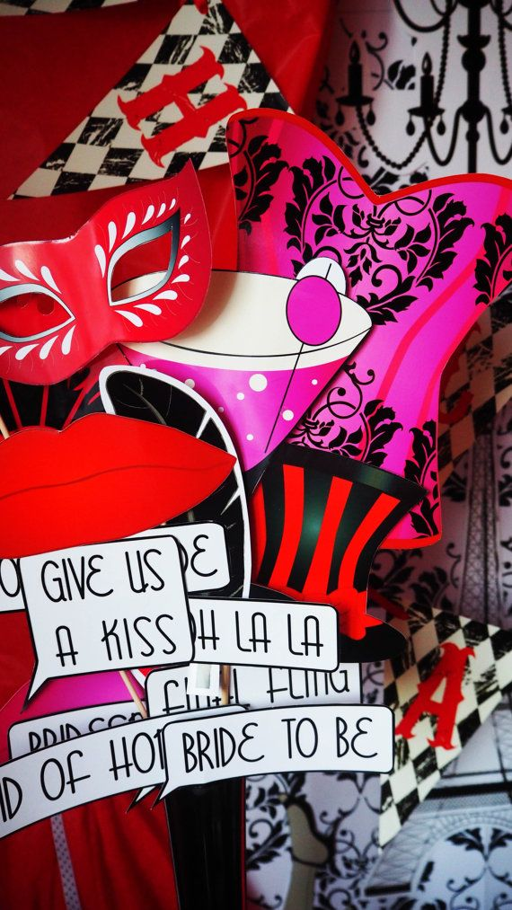 Parisian/Burlesque MASKS Photobooth by OFFTHEVINEPRINTABLES