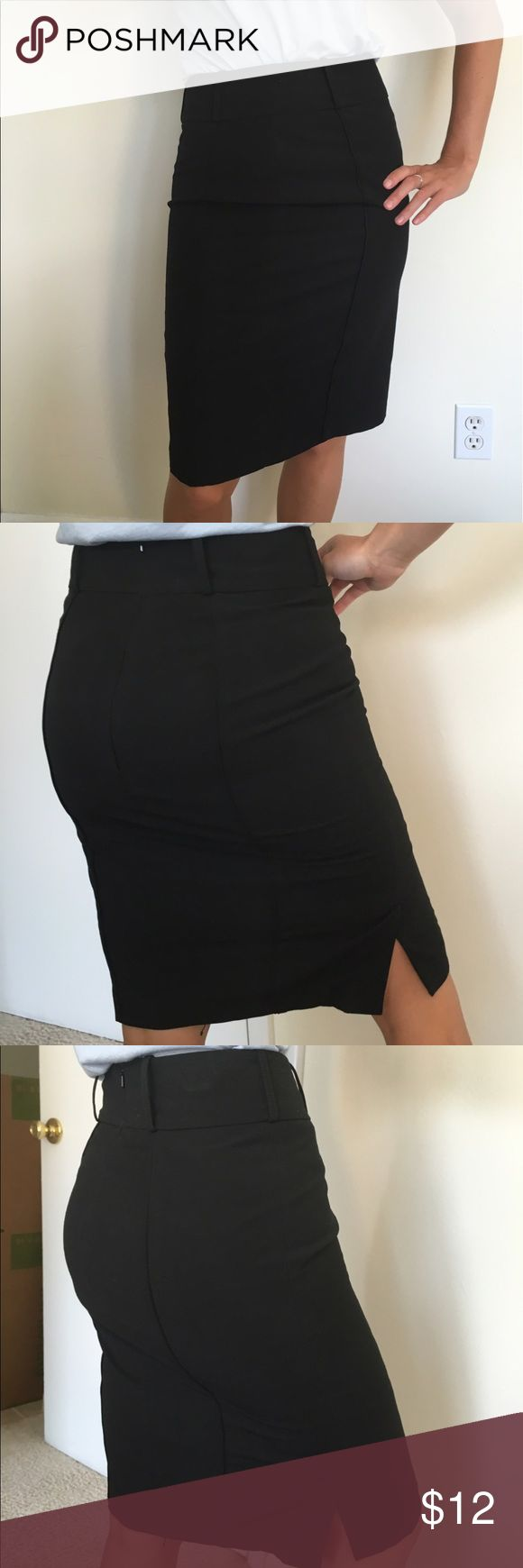 New Oasis (UK brand) Black lined pencil skirt Work appropriate flattering pencil skirt purchased in London. Will fit US size 2. New condition. oasis Skirts Pencil