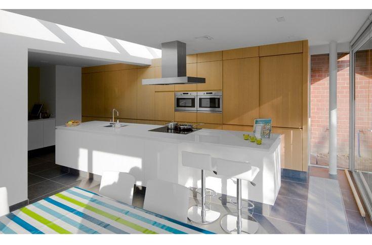 17 beste idee n over kookeiland tafel op pinterest eiland tafel keukeneetkamer en modern - Keuken op het platteland ...
