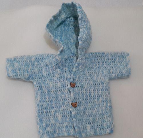 Baju bayi pakai tutup kepala dengan rajutan crochet