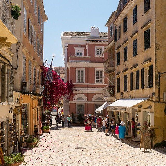 #OldTown #Corfu #Greece #Architecture Photo credits: @bogushevsky_oleg
