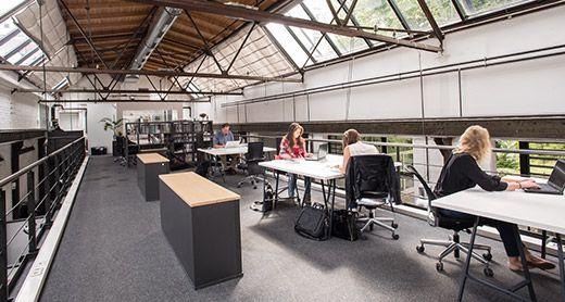 Werkheim Hamburg (€€-€€€) ///   Monats-Ticket (inkl. 3 Std. Konferenzraum-Nutzung, freier Platz, Schließfach) € 199,- ///   Monats-Ticket (inkl. 3 Std. Konferenzraum-Nutzung, fester Platz, Rollcontainer oder Schließfach) € 265,- ///  Monats-Ticket 24/7  (inkl. 3 Std. Konferenzraum-Nutzung, fester Platz, Rollcontainer oder Schließfach) € 290,- (alle Preise zzgl. MwSt.)