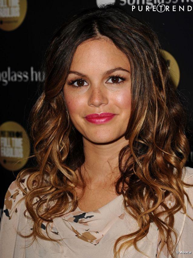 Dôtée d\u0027une chevelure brun foncé, Rachel Bilson opte pour le balayage pour  éclaircir