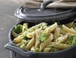 pasta con broccoli e crescenza