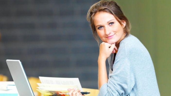 Get instant payday loans if you are suffering from small fiscal problems. It is easiest approach to get easy financial support online medium.  http://www.paydayloansconnecticut.com/