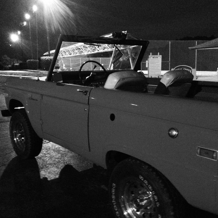 Man Cave Uncut : Ford bronco pcs pinterest broncos