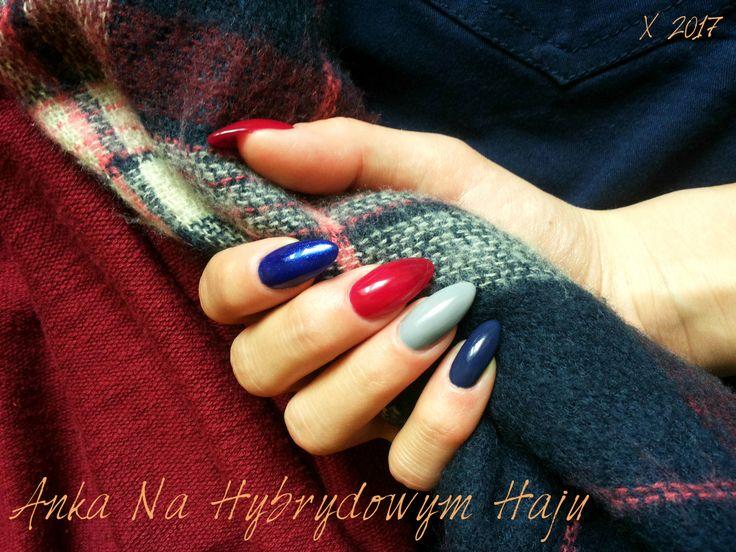 #paznokcie #manicure #hybrydy  #pazurki  #AnkaNaHybrydowymHaju #Nails   #jesień #jesienne #autumn #autumnnails #jesiennepaznokcie #jesienneinspiracje  #czerwony #granatowy #szary #bordo #bordowy
