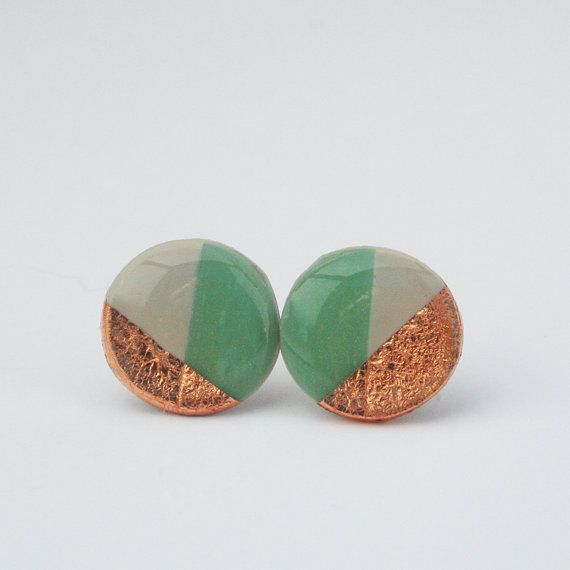 Hey, I found this really awesome Etsy listing at https://www.etsy.com/listing/289762633/geometric-jade-green-color-block