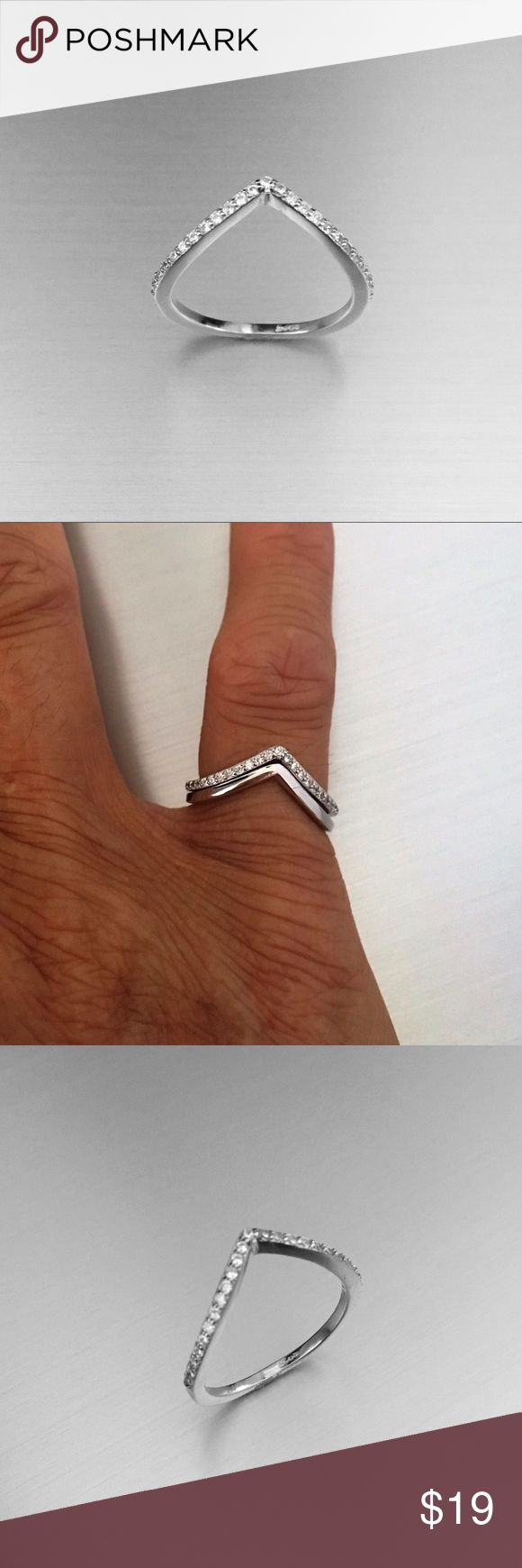 Sterling Silver V Shape CZ 💎Ring Sterling Silver V Shape CZ Ring 💍 Stackable Ring 💍 Midi Ring 💍 Pinky Ring 💍 Index Ring 💍 Thumb Ring 💍 925 Sterling Silver 💍Face Height 2 mm 💍 Stone Clear CZ 💎, PLAIN V SHAPE SOLD SEPARATELY! Jewelry Rings
