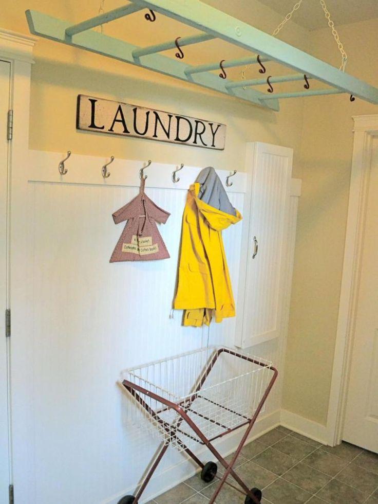 Çamaşır odasına merdivenden kurutmalık