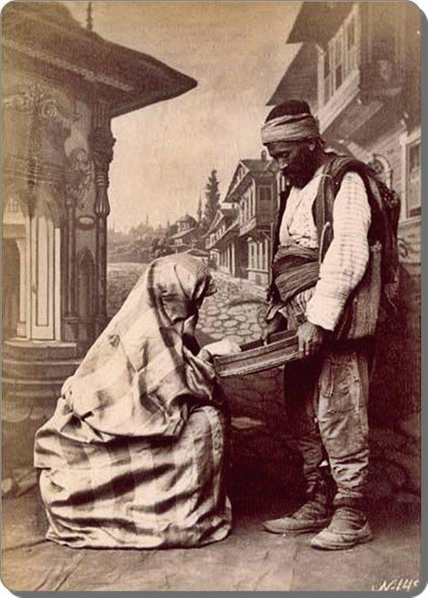 Eski zamanların İstanbul'uSultanahmet / Soğukçeşme Sokağı - 1870