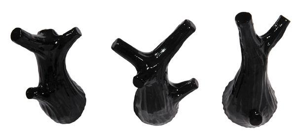3 LITTLE TWIGS. Mini-hooks, set of 3. Design: Jorine Oosterhoff. Black