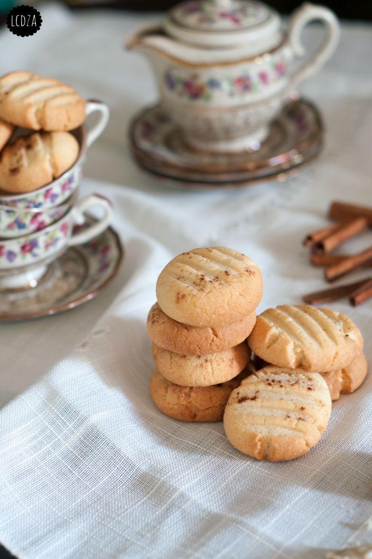 Biscotti alla pasta di sesamo tahina