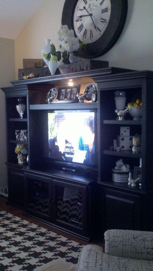 Tv hutch CLOCK ABOVE